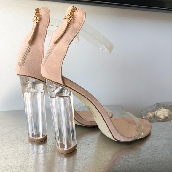 12f7a0e24e1 SIMMI Clear + Nude Heeled Sandals. M 5a935f6631a3763c4f1d00ad